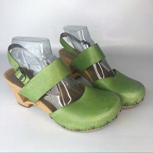 Dansko MaryJane Leather lime green Sandal Clogs